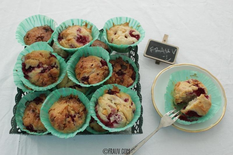 Muffins mit weißer Schokolade und Himbeeren_IMG_1350
