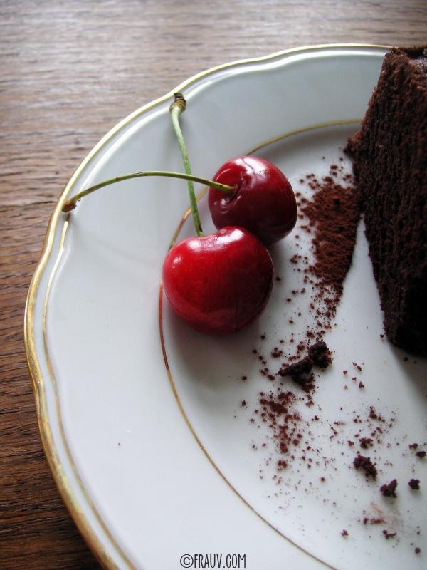 Saftiger Schokoladenkuchen_PICT_7999