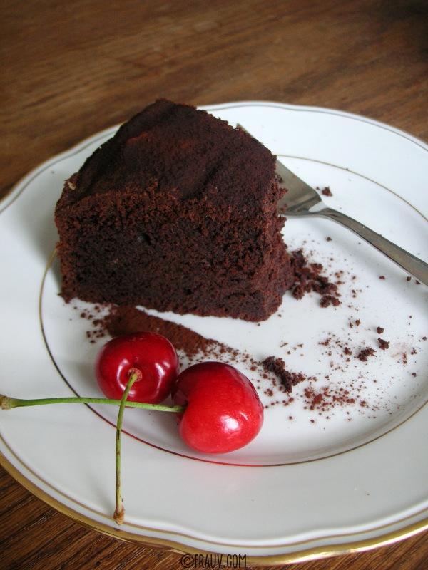 Saftiger Schokoladenkuchen_PICT_8002