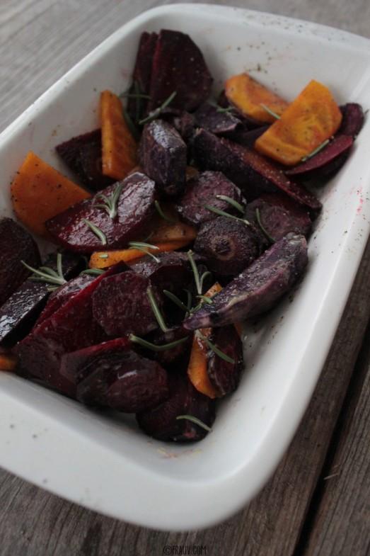Winterliches Ofengemüse mit Kräuter-Schmand-Dip und geröstetem Ciabatta_IMG_3783