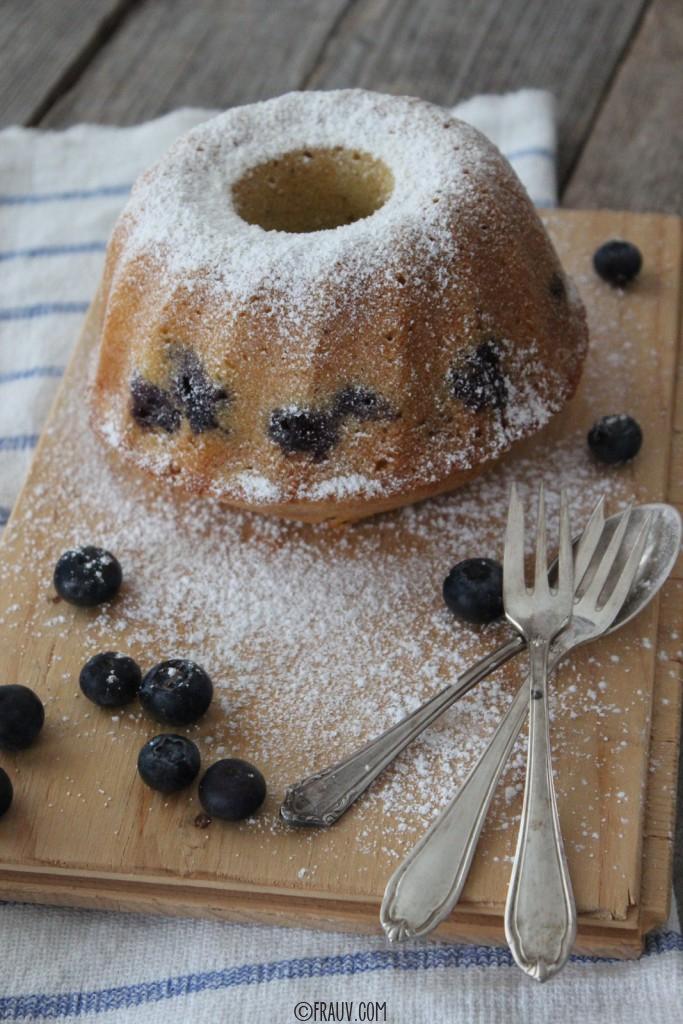 frauv | Vanille-Grießkuchen mit Heidelbeeren_IMG_4773
