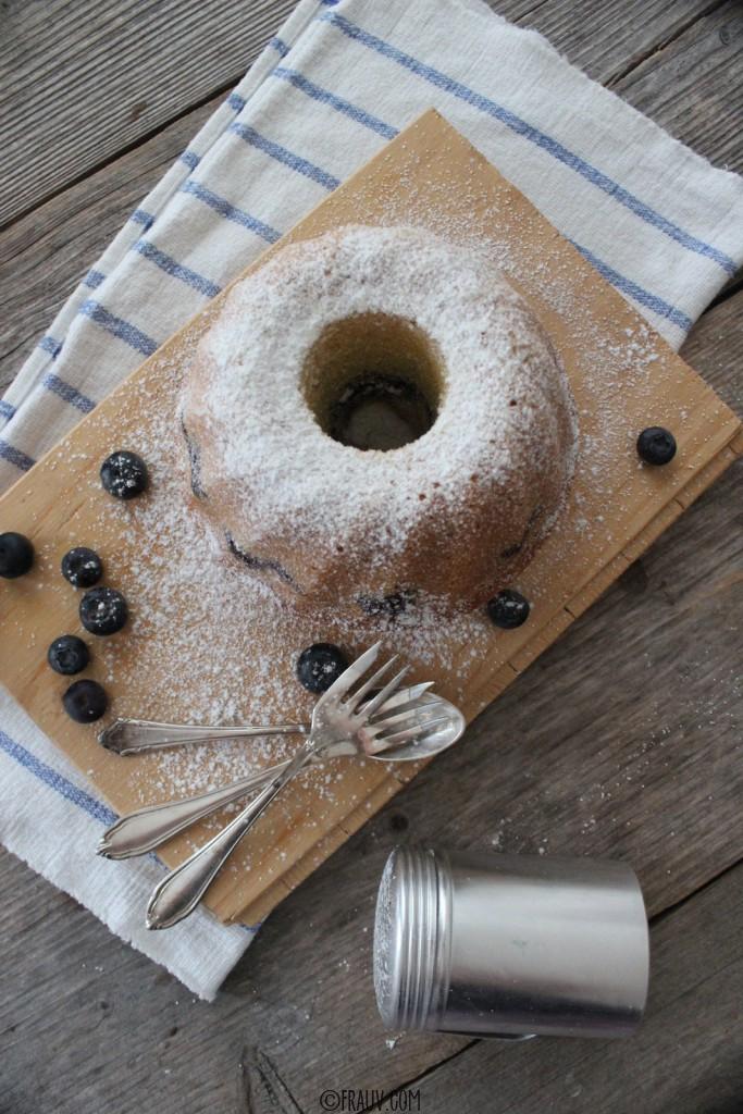 frauv | Vanille-Grießkuchen mit Heidelbeeren_IMG_4779