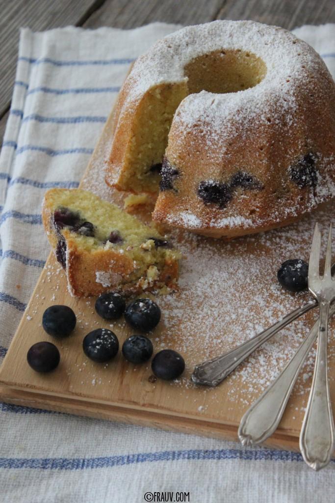 frauv | Vanille-Grießkuchen mit Heidelbeeren_IMG_4792