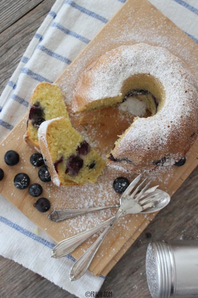 frauv | Vanille-Grießkuchen mit Heidelbeeren_0IMG_4803