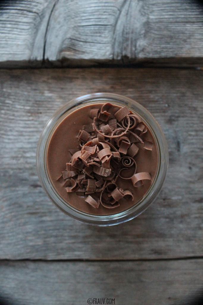 frauv_Schokoladencrème mit Mango-Passionsfrucht-Kompott_IMG_5939