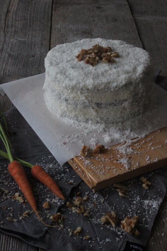 frauv_Karotten-Frischkäse-Torte_IMG_6002