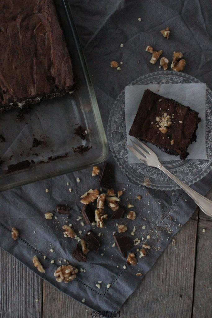 frauv_Brownie mit dreierlei Schokolade_IMG_6095